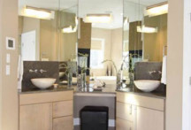Sandra Fox master bathroom